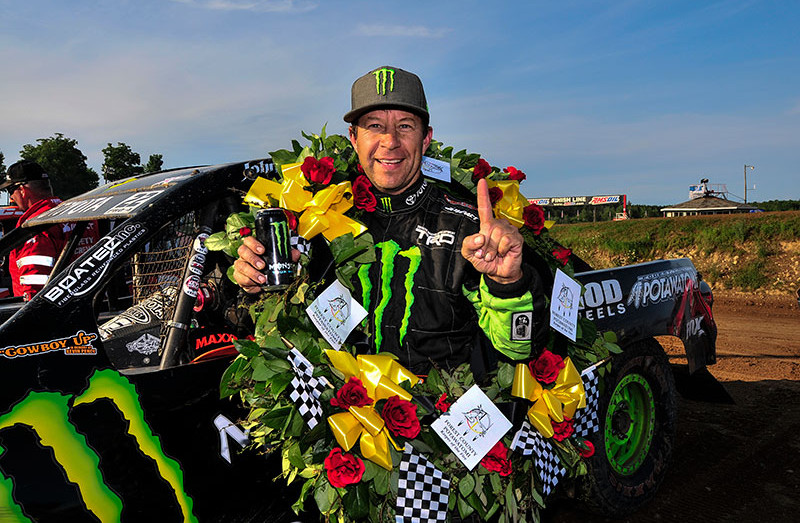 johnny greaves wins 4th fc potawatomi cup race in crandon wi