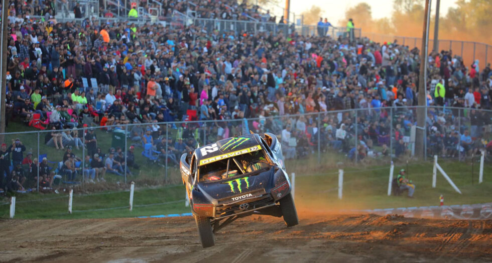 Johnny Greaves takes on Crandon International Raceway in 2020