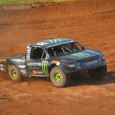 Johnny Greaves collects win number 100 in Pro-4